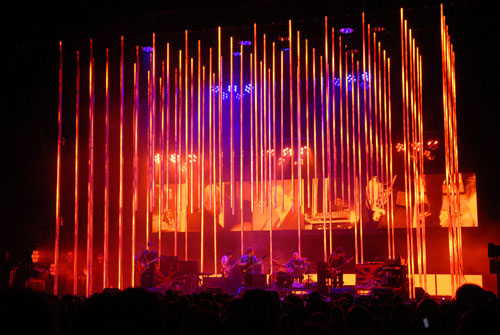Radiohead on stage during their current tour, using an LED lighting system, developed by Andi Watson in collaboration with i-Pix