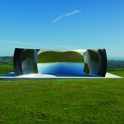 Large-scale outdoor sculptures by Anish Kapoor will be on show at the Turning the World Upside Down exhibition, which will be at Kensington Gardens in London until 13 March 2011.