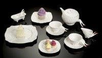 Undergrowth Design Blaue Blune tea set