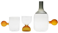 carafe water glass
