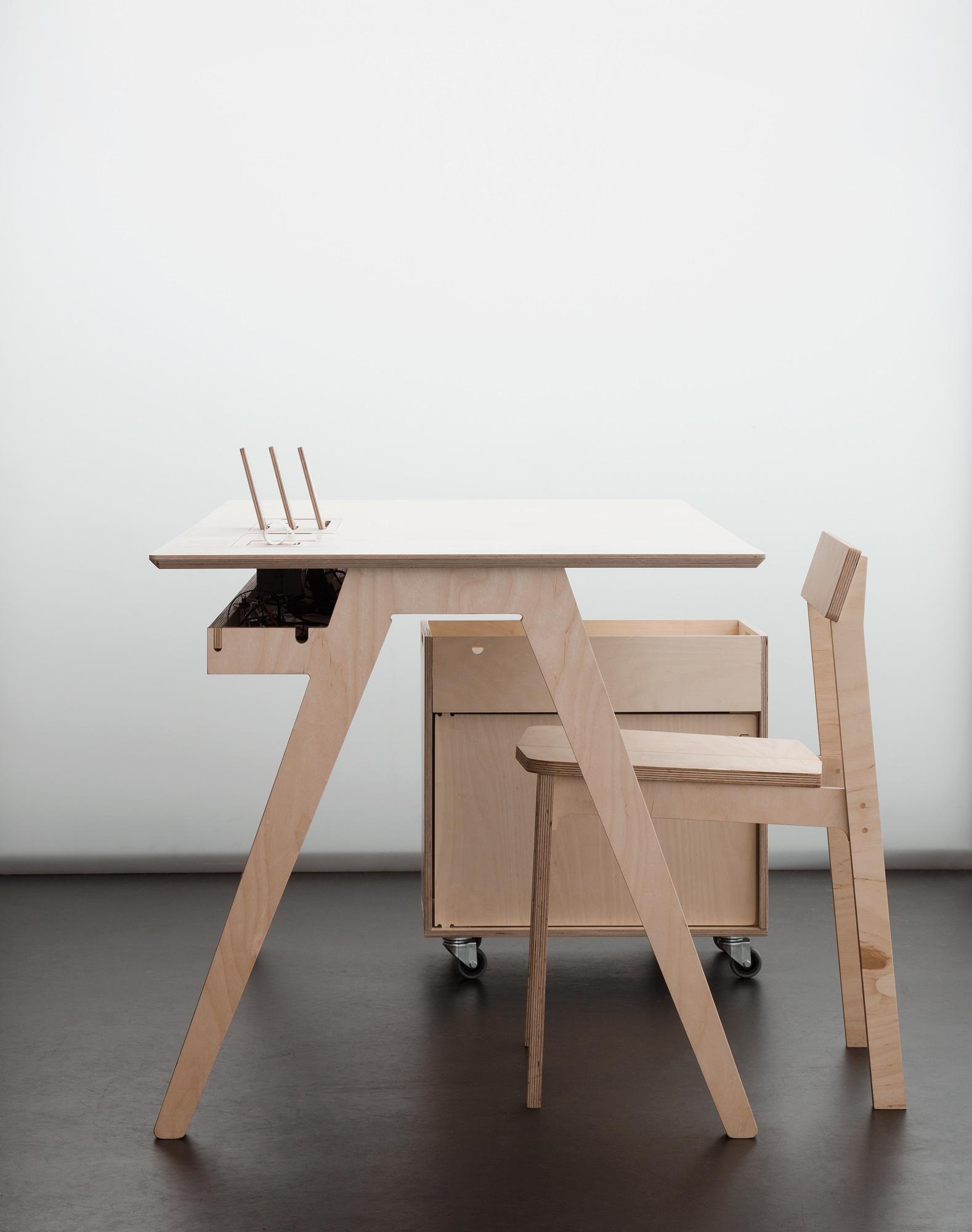 Open Desk Cc Computer Desk Amazon